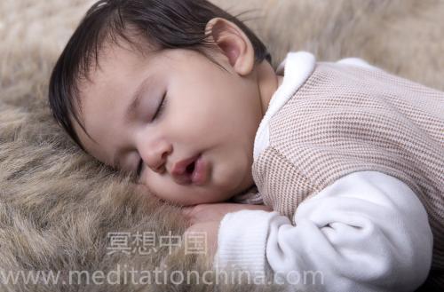 80min儿童睡前音乐-为孩子们放松的婴儿摇篮曲,舒缓的睡眠声音