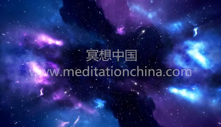 """""""宇宙""""环境清晰的梦想,睡眠与完全放松——空间灵感上的辅助睡眠"""