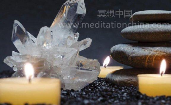 脉石英矿床-周末水疗蜡烛,为您提供灵气按摩、放松和禅修时间
