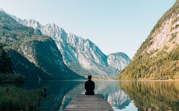 日光浴:瑜伽放松休息术[男声版]